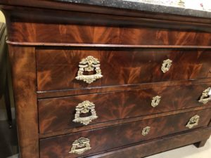 commode chest 1